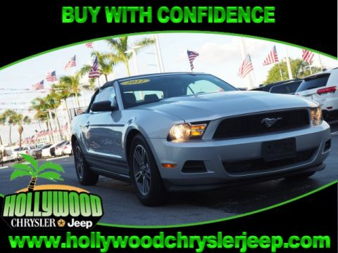 Pre-Owned 2012 Ford Mustang V6 Premium